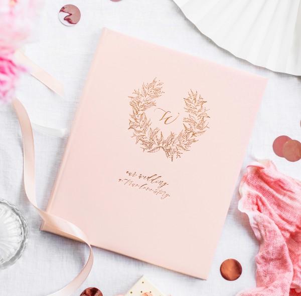 """Gästebuch Hochzeit """"a true love story"""" rosa/roségold"""